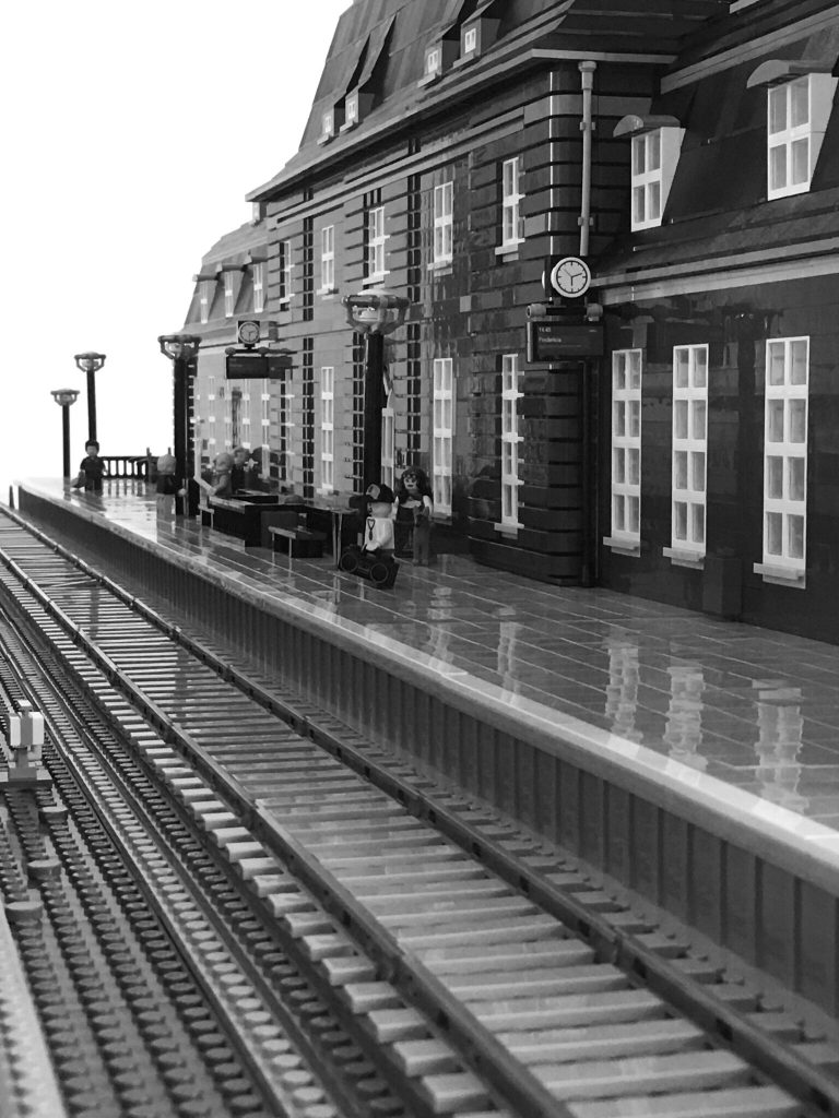 Brick Pic Station 768x1024