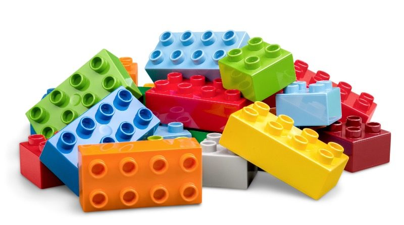 Brick Pic Of The Day DUPLO Close Up Featured 800x445