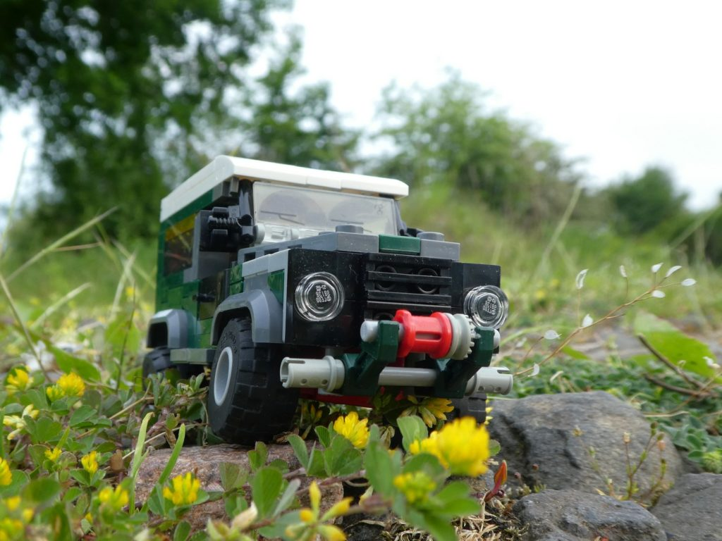 Brick Pic of the Day Land Rover Defender