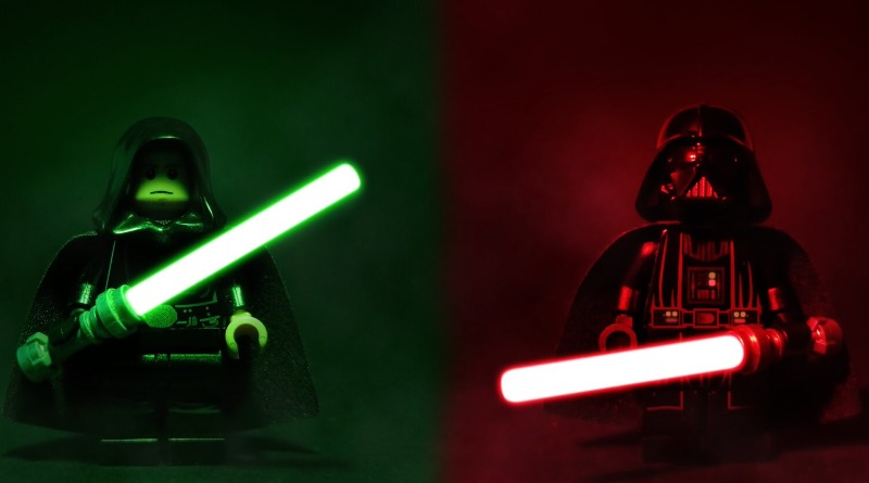 Brick Pic Of The Day Star Wars Lightsabers Featured