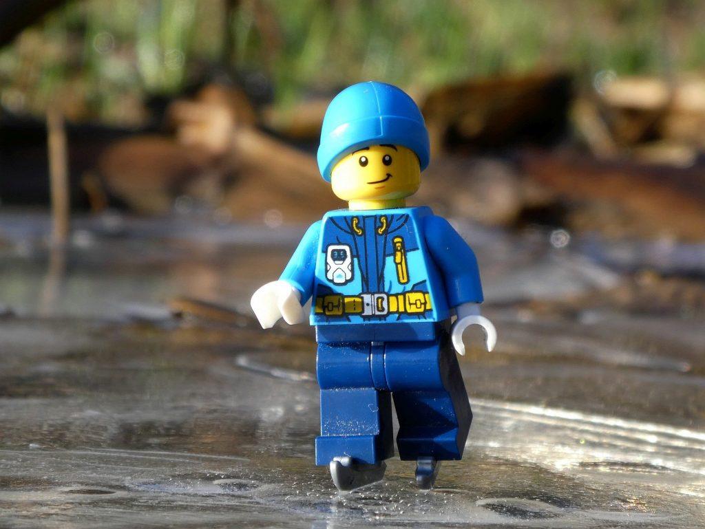 Brick Pic Skater 1024x769