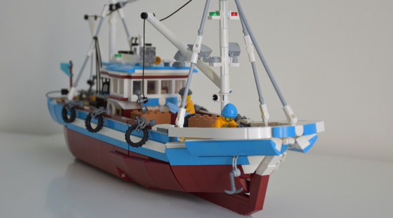 BrickLink Designer Program Great Fishing Boat Featured