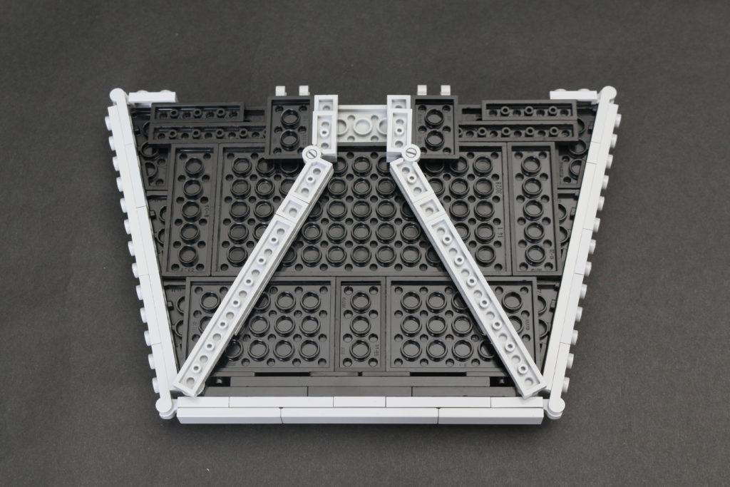 Build A LEGO Mandalorian Outland Folding TIE Fighter 10
