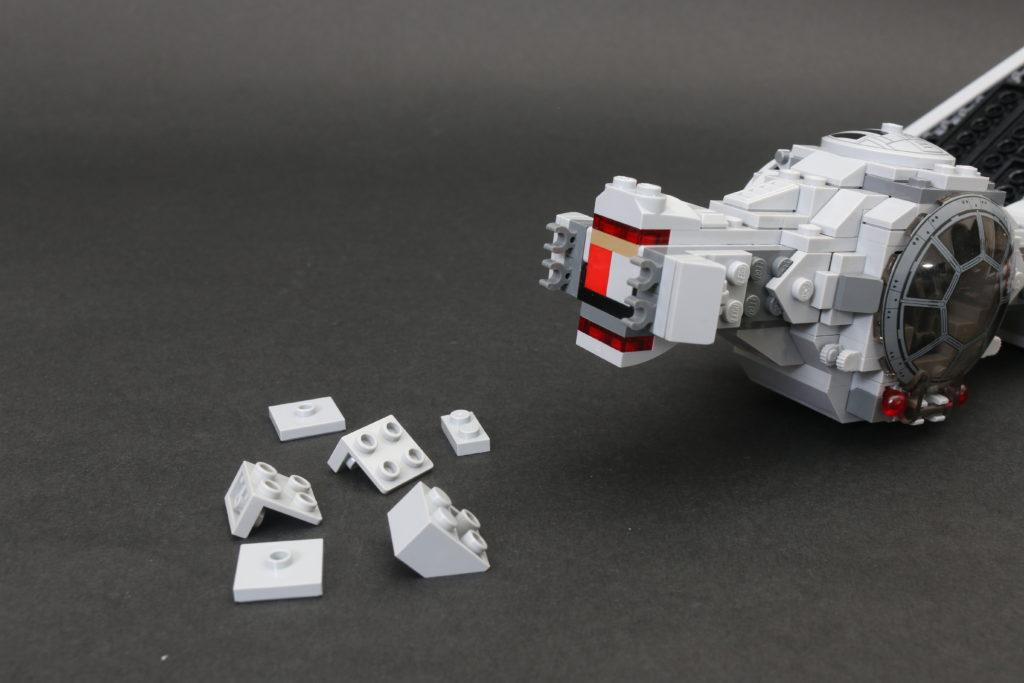 Build A LEGO Mandalorian Outland Folding TIE Fighter 12