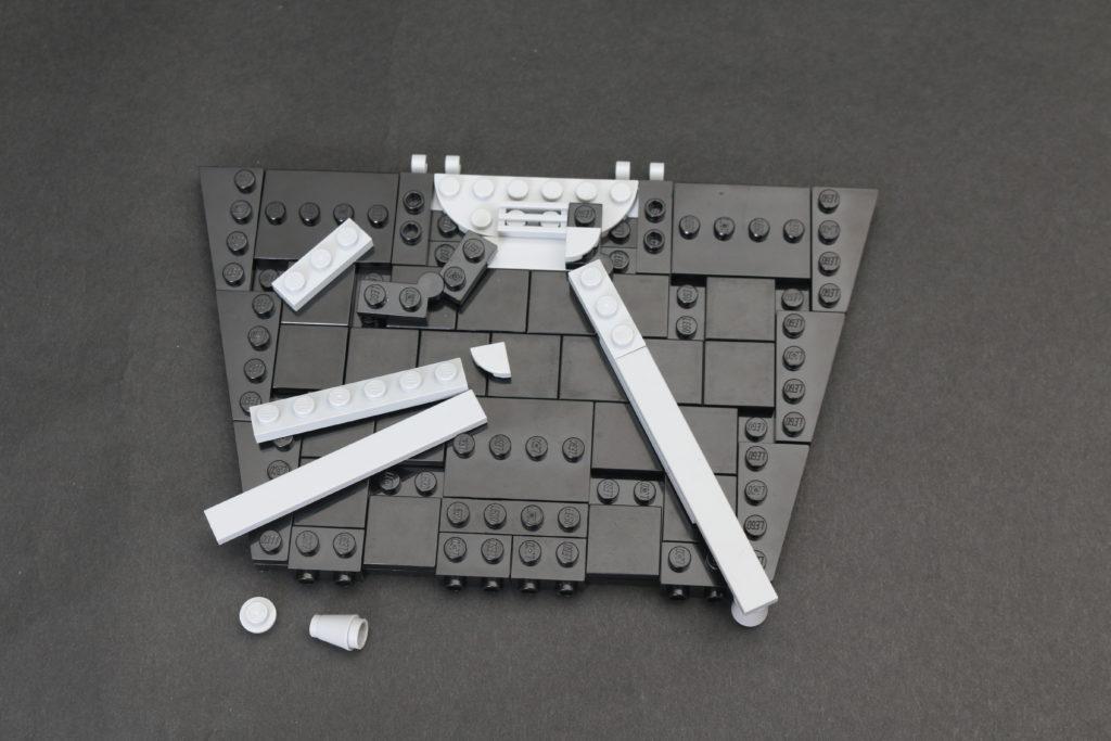 Build A LEGO Mandalorian Outland Folding TIE Fighter 3