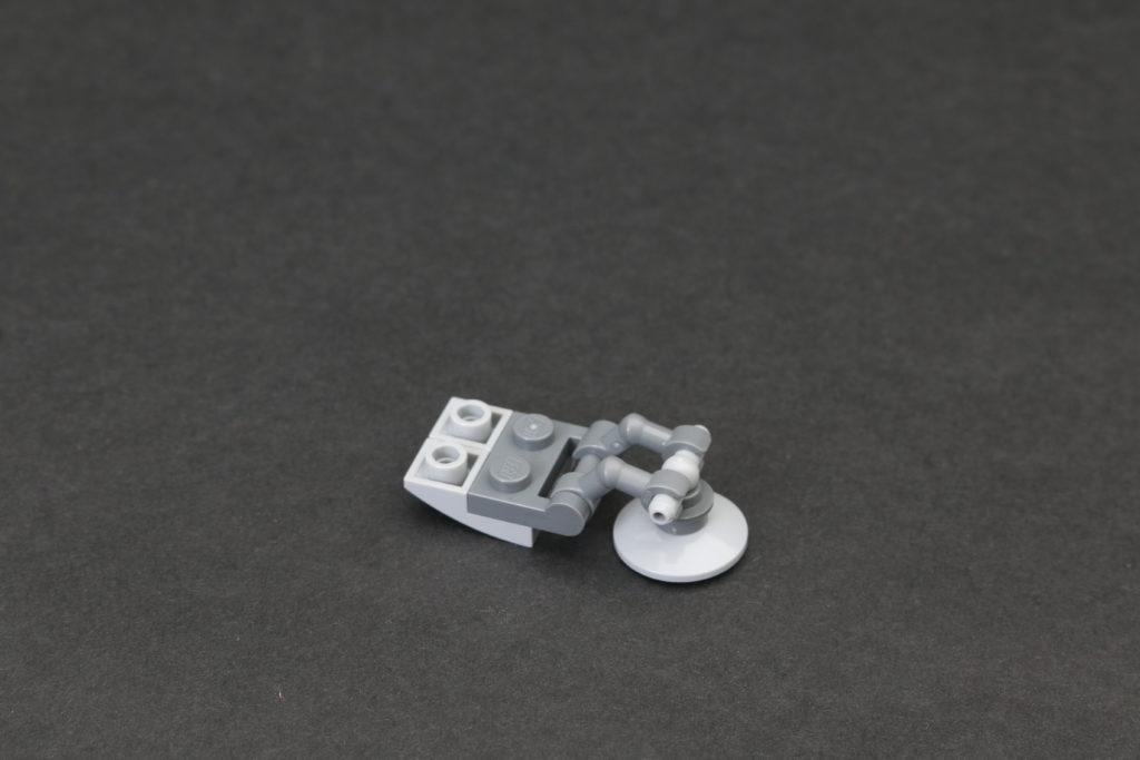 Build A LEGO Mandalorian Outland Folding TIE Fighter 30