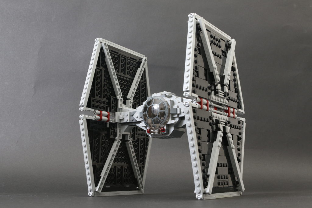 Build A LEGO Mandalorian Outland Folding TIE Fighter 53