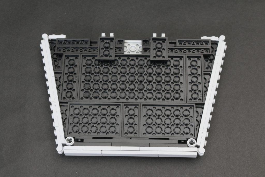 Build A LEGO Mandalorian Outland Folding TIE Fighter 8