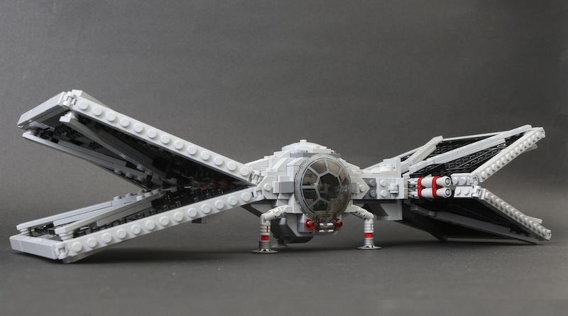 Build A LEGO Mandalorian Outland Folding TIE Fighter Title