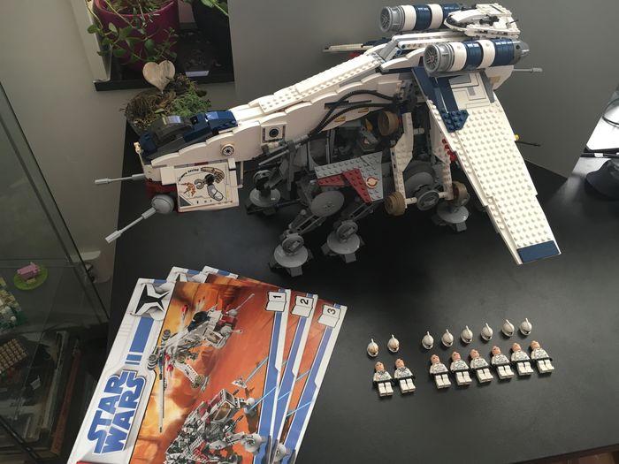 Catawiki LEGO Star Wars Republic Dropship AT OT