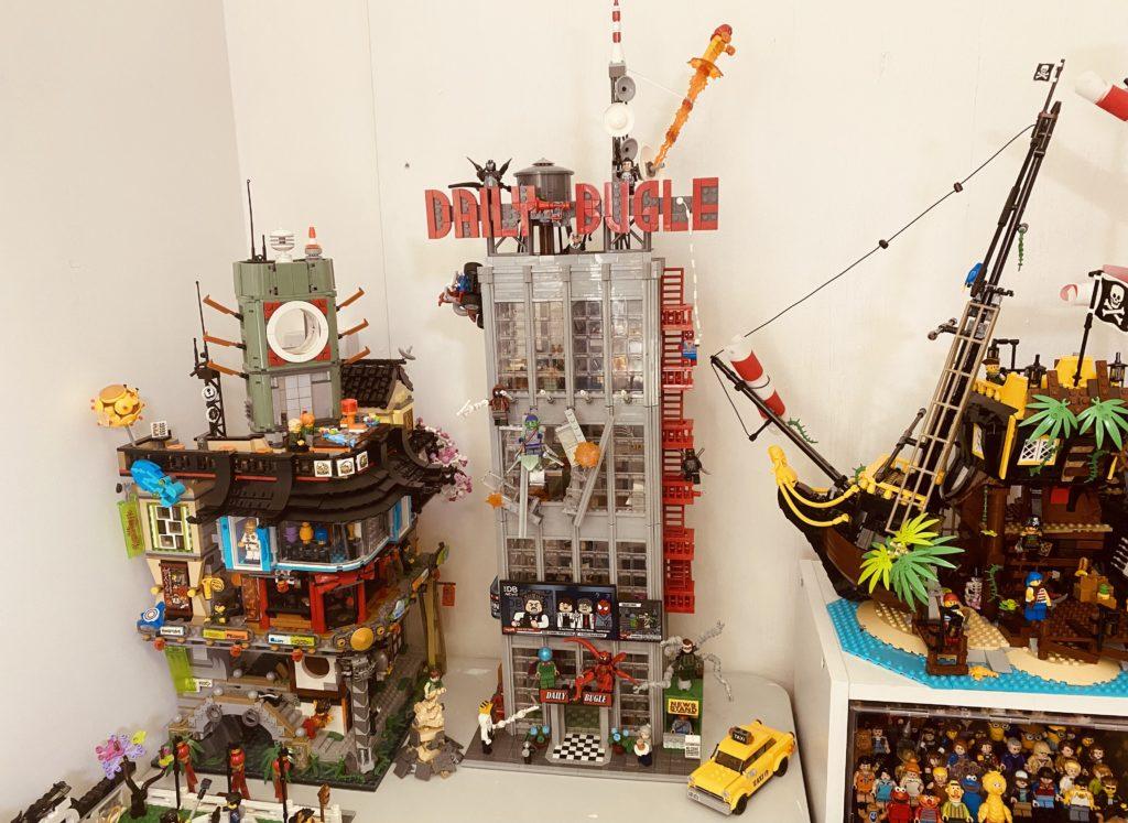 Emma Kennedy LEGO Marvel 76178 Daily Bugle build