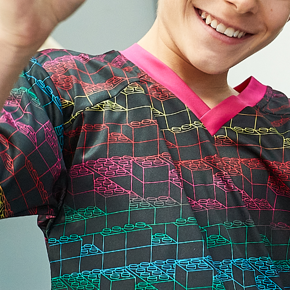 H23133 kids fw21 lego vidiyo launch product grid shirt 04 m.jpg 736055