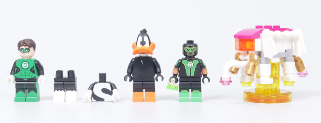 How To Build Your Own LEGO Green Loontern Minifigure Daffy Duck Green Lantern 14