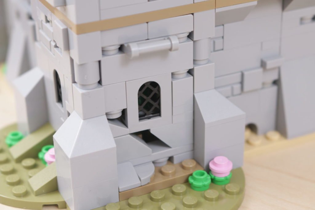 How to improve LEGO Creator 3 in 1 31120 Medieval Castle 20