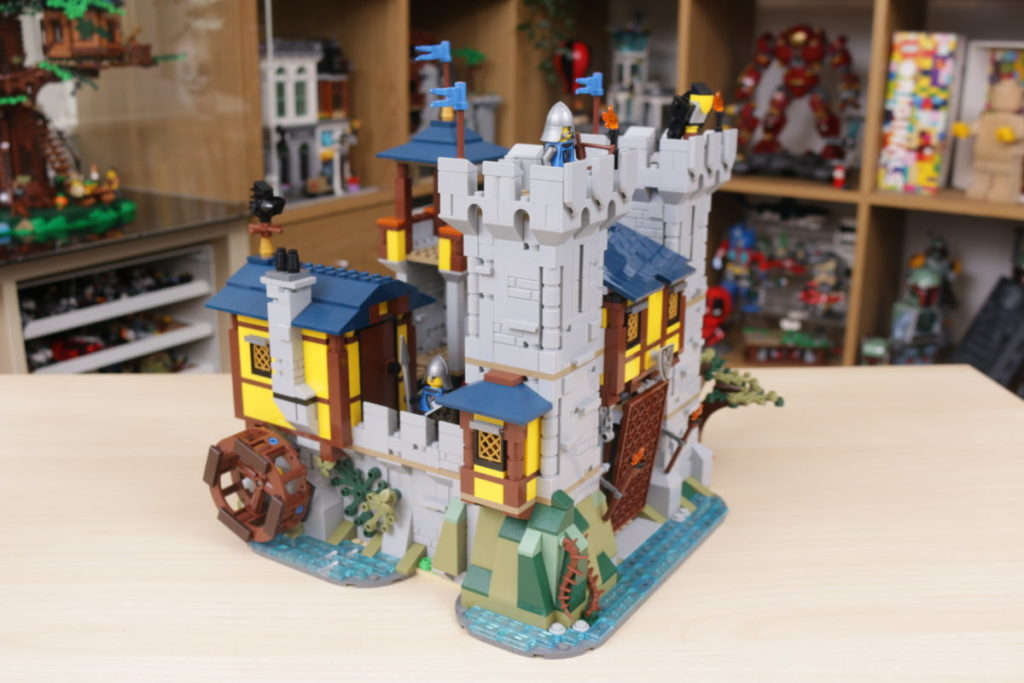 How to improve LEGO Creator 3 in 1 31120 Medieval Castle 39