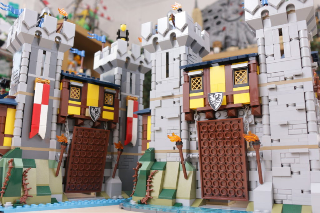 How to improve LEGO Creator 3 in 1 31120 Medieval Castle 52