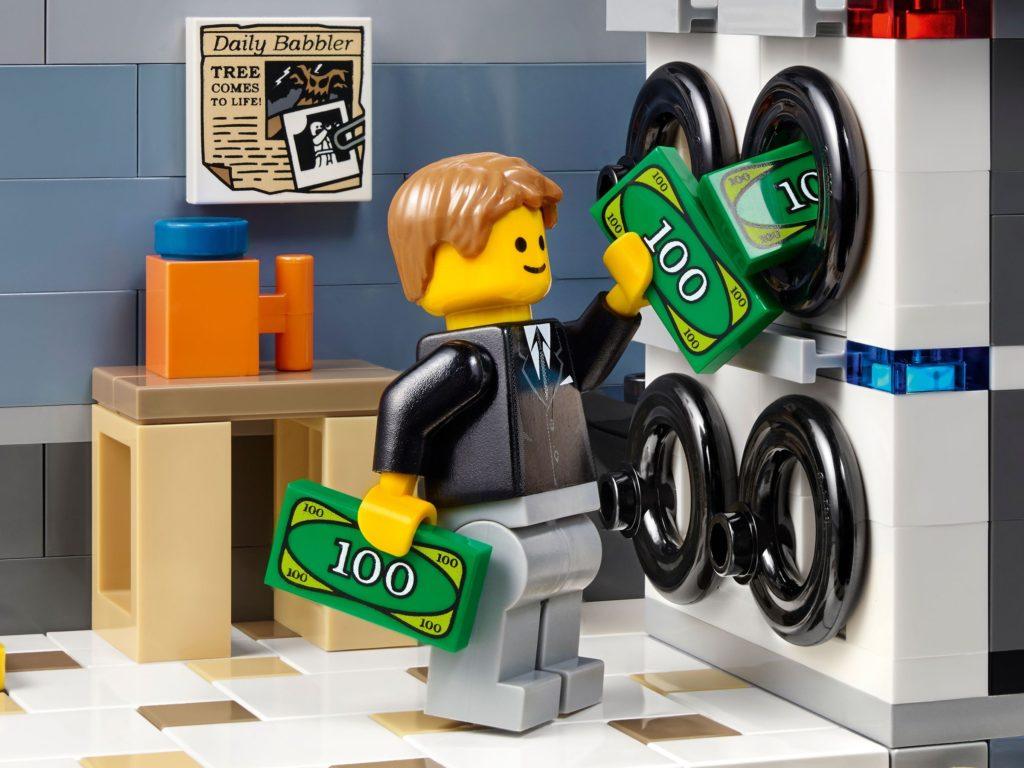 LEGO 10251 Brick Bank Money Laundering