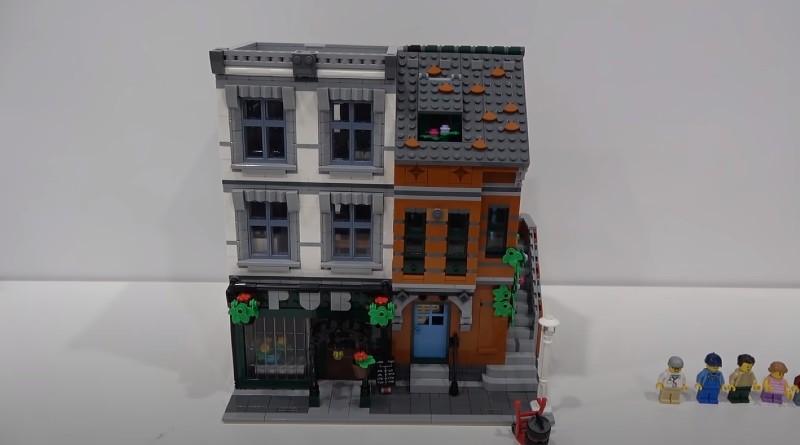 LEGO 10264 Alternate Build Featured