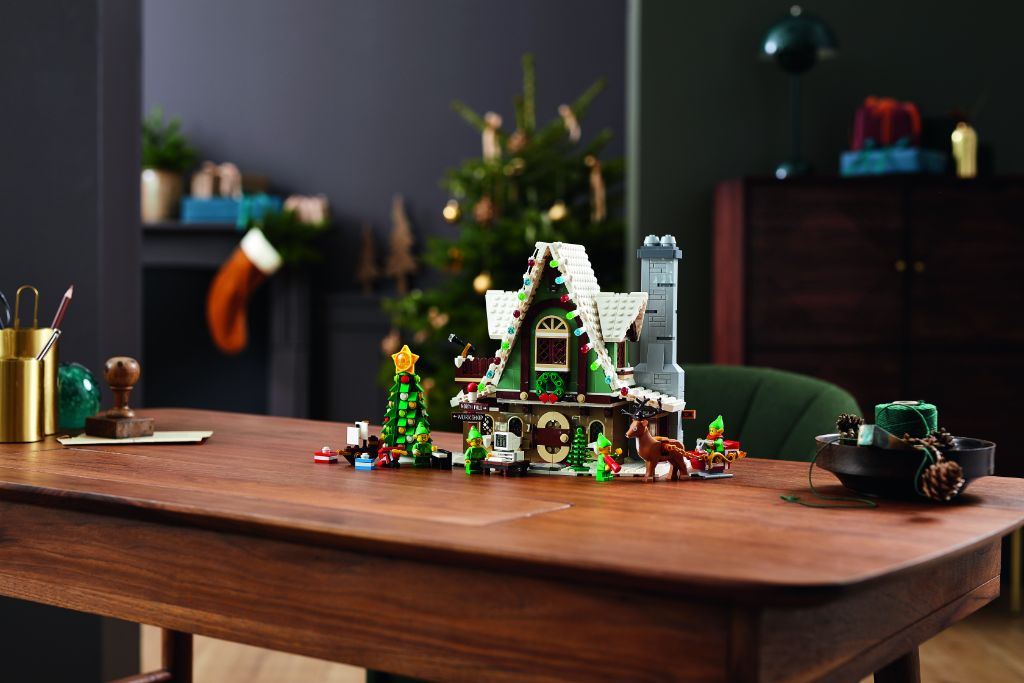LEGO 10275 Elf Club House 20