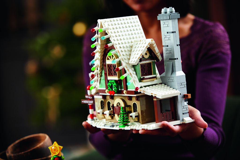LEGO 10275 Elf Club House 21
