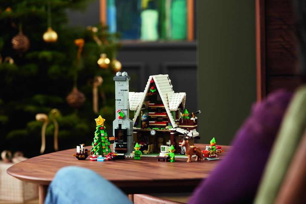 LEGO 10275 Elf Club House 26