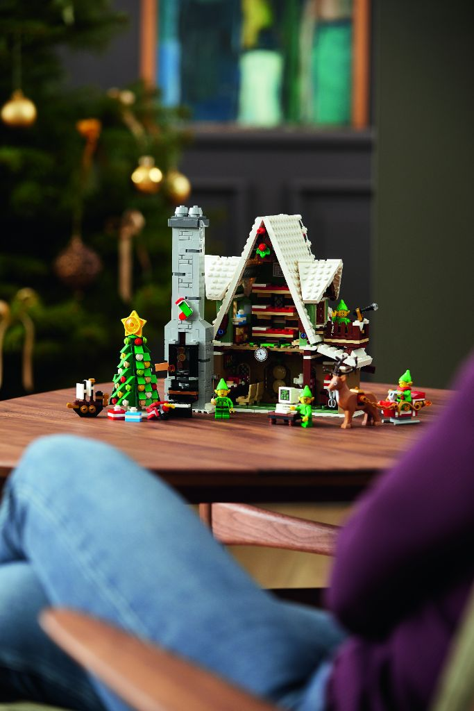 LEGO 10275 Elf Club House 27