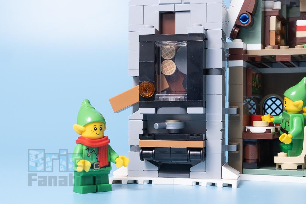 LEGO 10275 Elf Club House 30 1