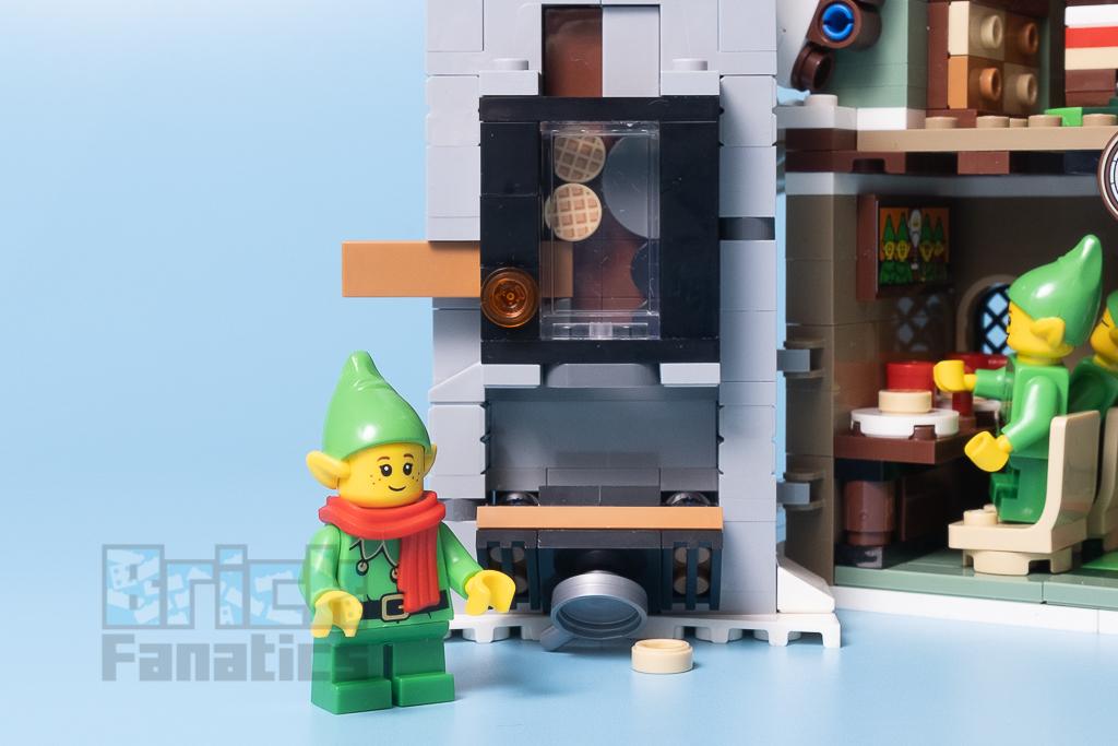 LEGO 10275 Elf Club House 31 1