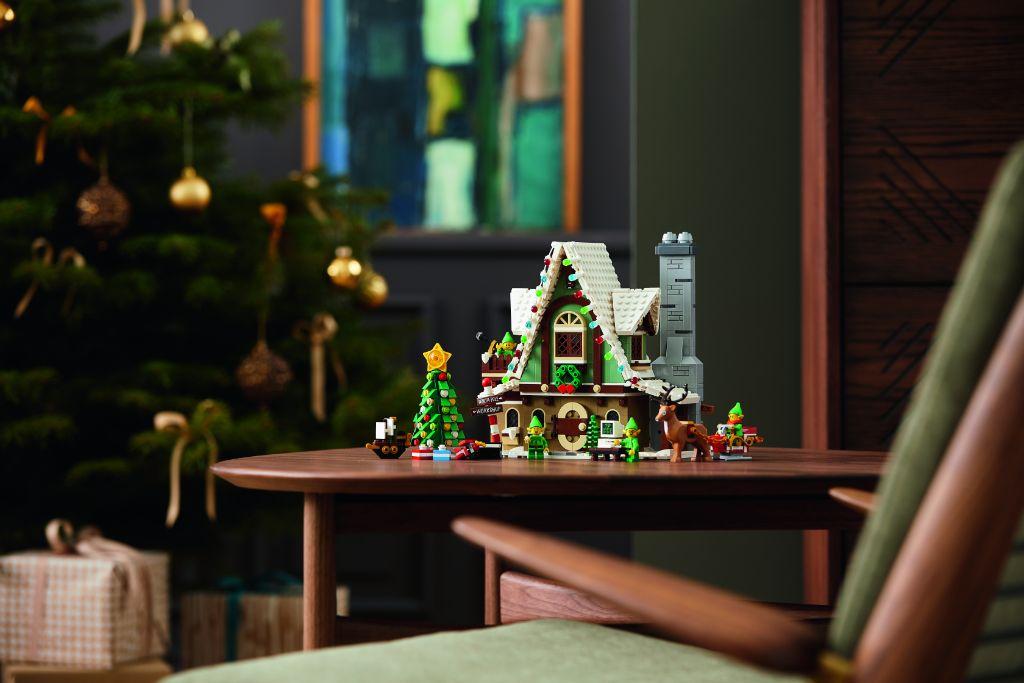 LEGO 10275 Elf Club House 31