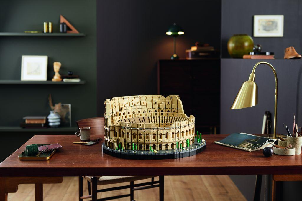 LEGO 10276 Colosseum 15