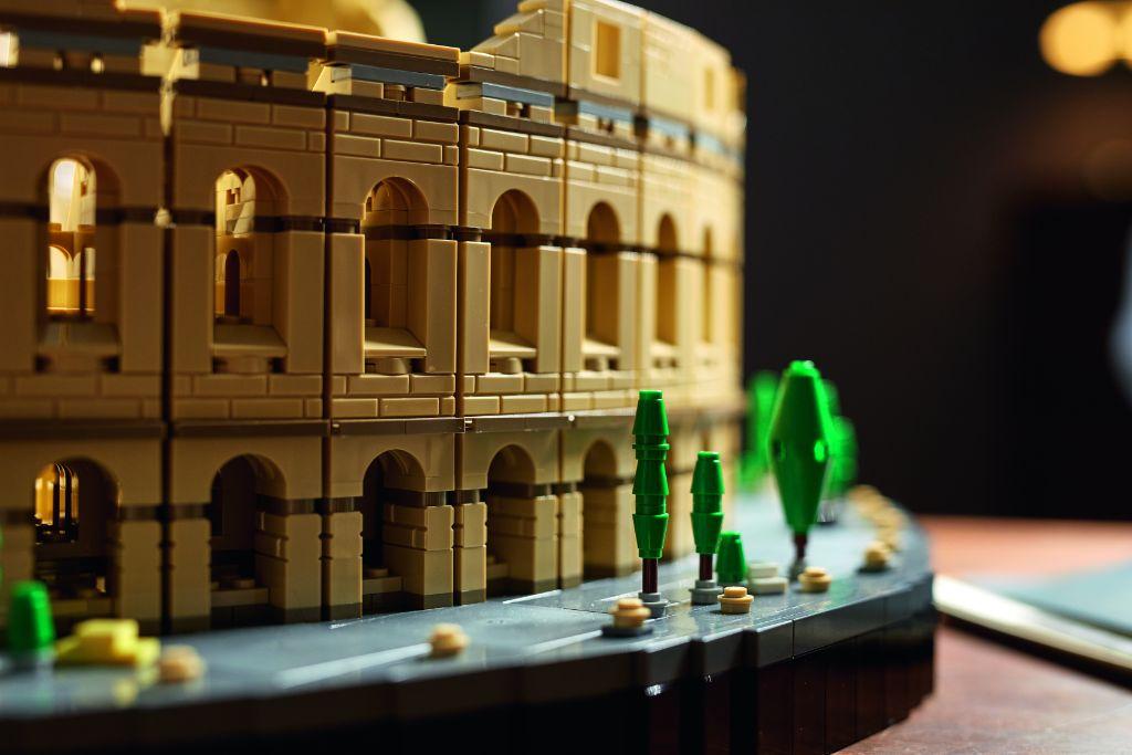 LEGO 10276 Colosseum 16