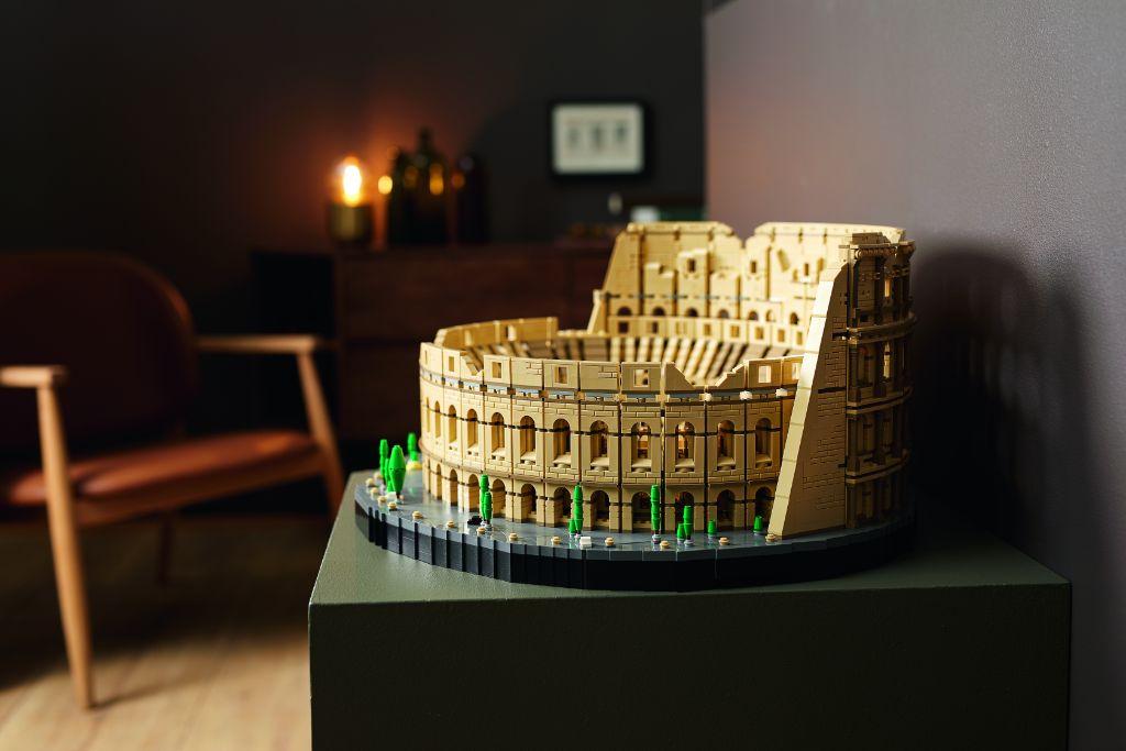 LEGO 10276 Colosseum 21