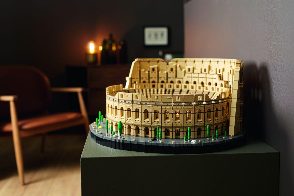 LEGO 10276 Colosseum 22