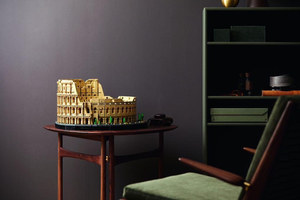 LEGO 10276 Colosseum 26