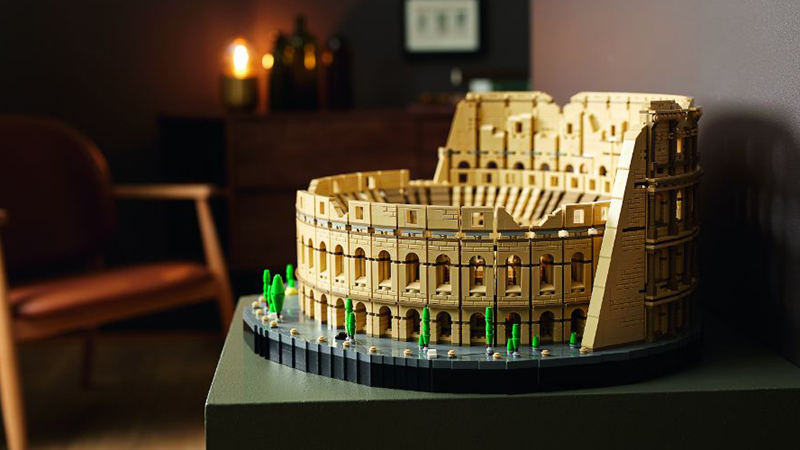 LEGO 10276 Colosseum Featured 1