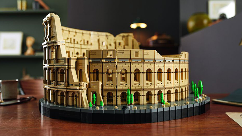LEGO 10276 Colosseum Featured 3