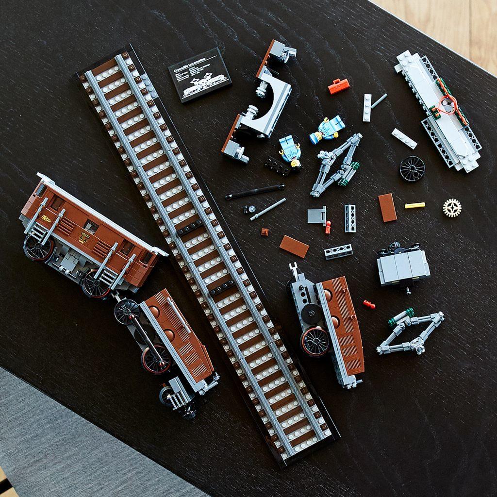 LEGO 10277 Crocodile Locomotive 41 1024x1024