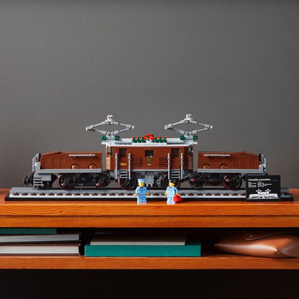 LEGO 10277 Crocodile Locomotive 43 1024x1024
