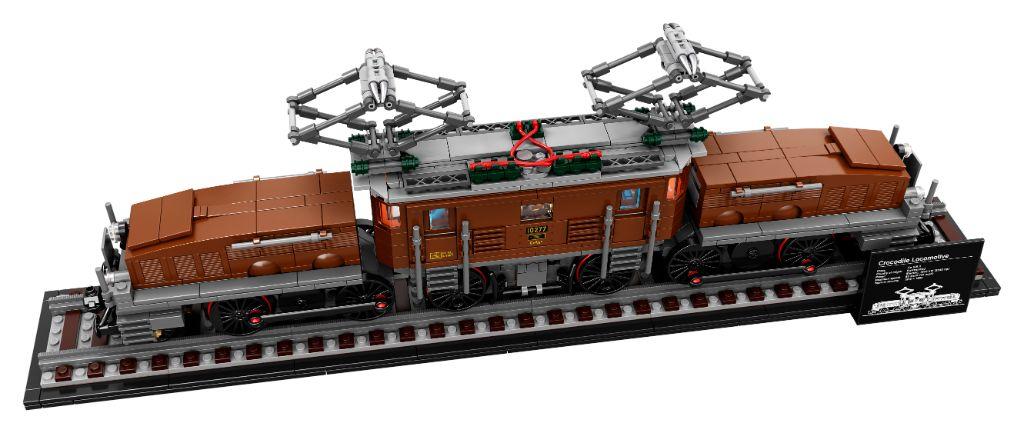 LEGO 10277 Crocodile Locomotive 6