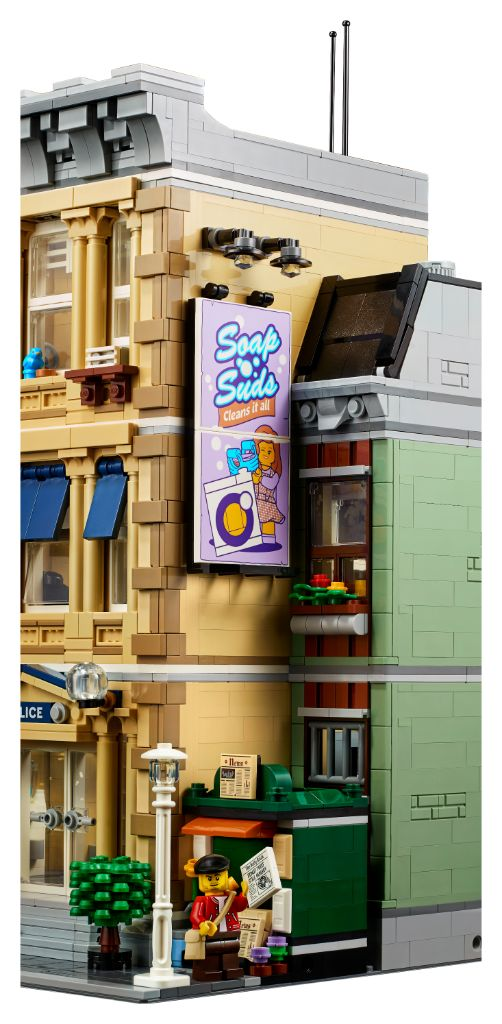 LEGO 10278 Modular Buildings Collection Police Station 29