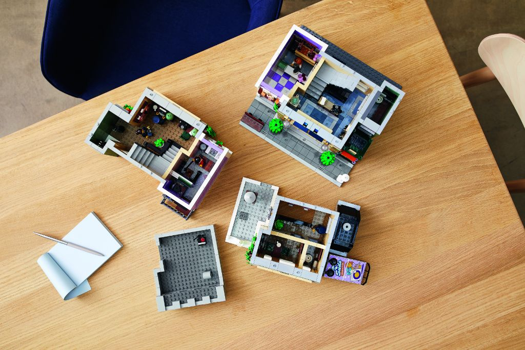 LEGO 10278 Modular Buildings Collection Police Station 41
