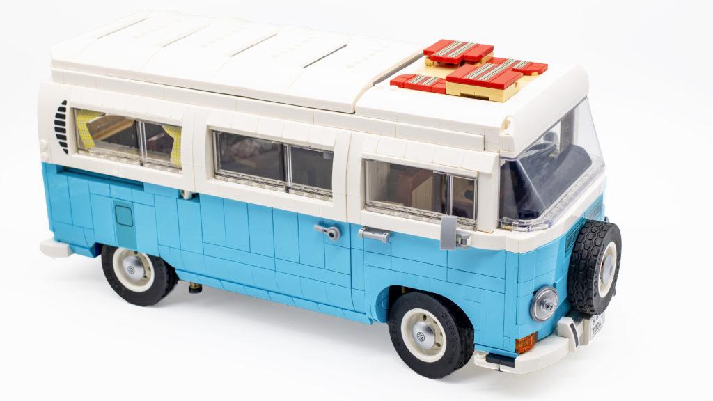 LEGO 10279 Volkswagen T2 Camper Van 22