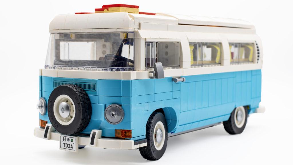 LEGO 10279 Volkswagen T2 Camper Van 26
