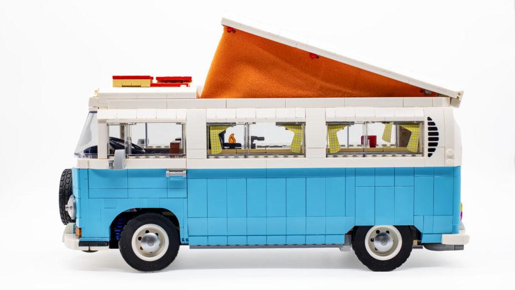 LEGO 10279 Volkswagen T2 Camper Van 30