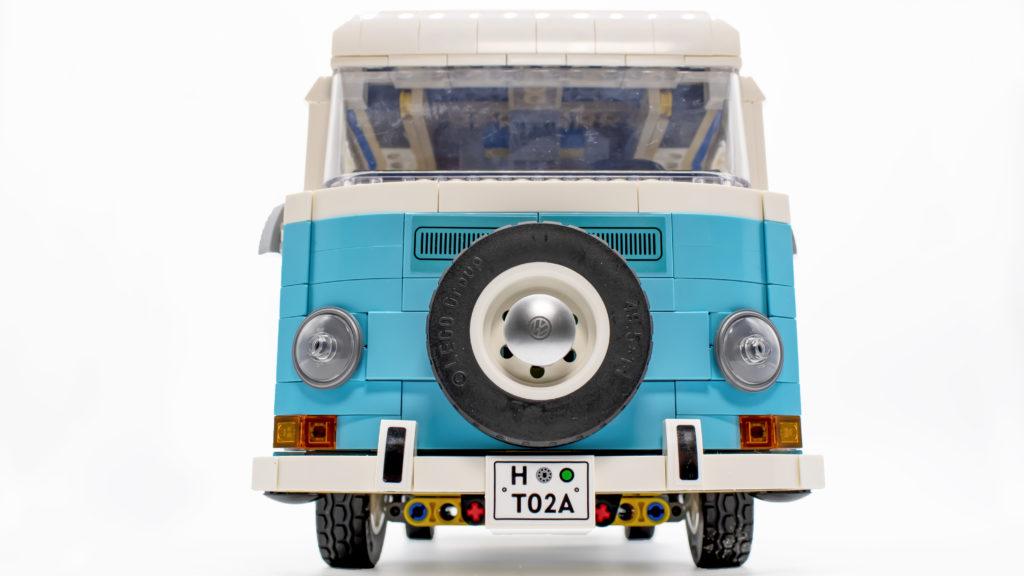 LEGO 10279 Volkswagen T2 Camper Van 34