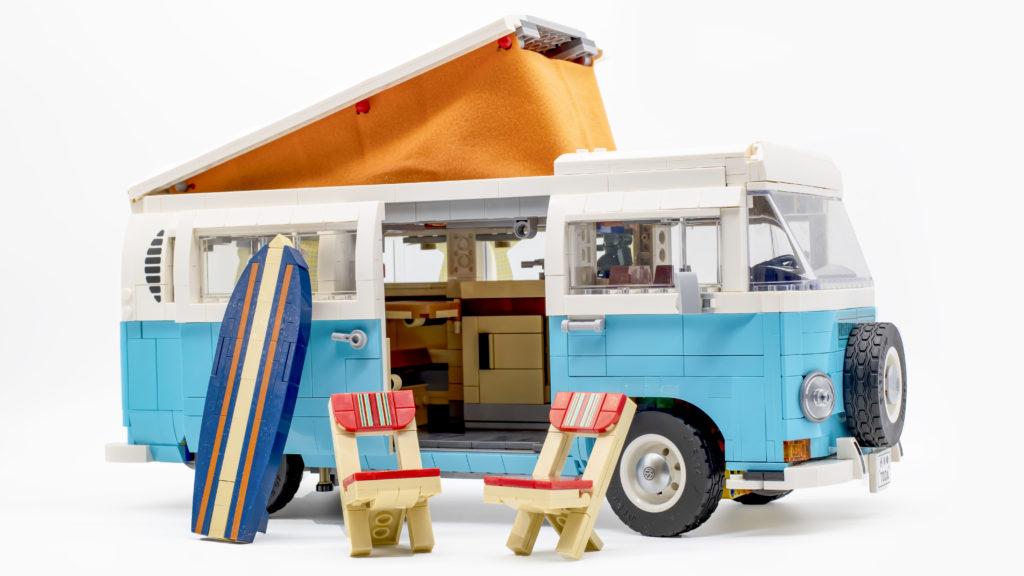 LEGO 10279 Volkswagen T2 Camper Van 39