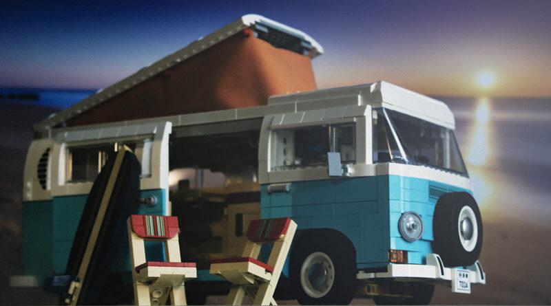 LEGO 10279 Volkswagen T2 Camper Van FEATURE 3 resize