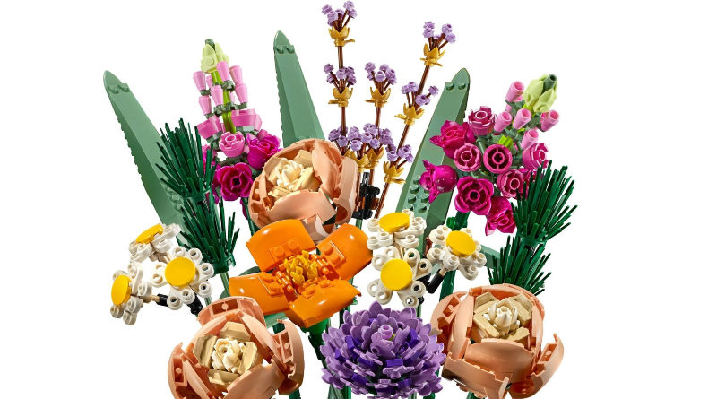 LEGO 10280 Flower Bouquet Botanical Collection Top Half Featured 800x445