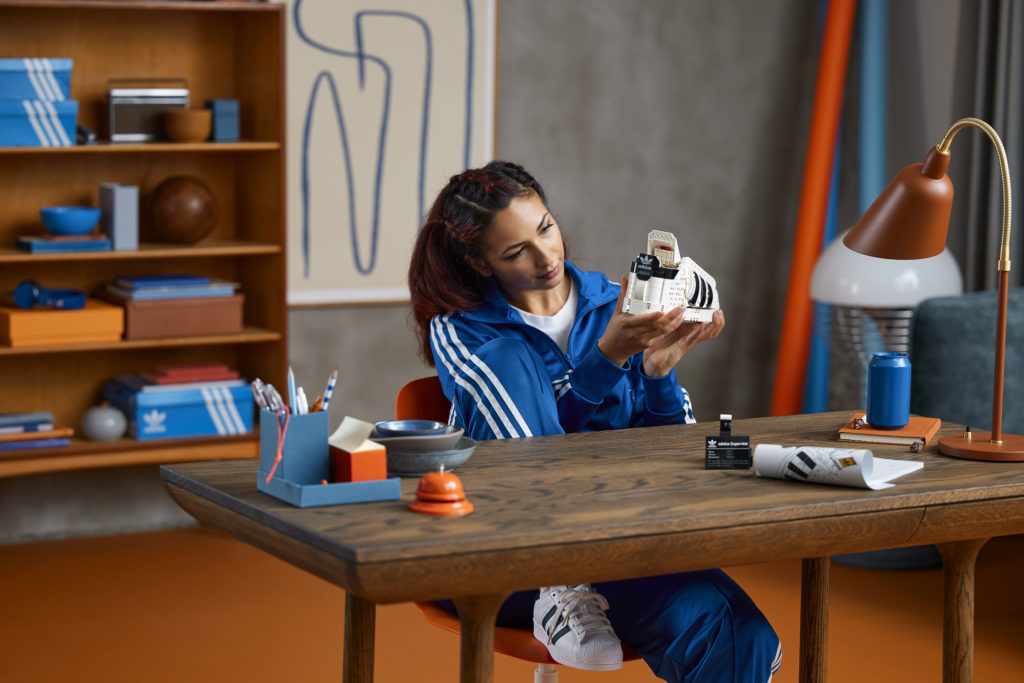 LEGO 10282 Adidas Originals Superstar 16