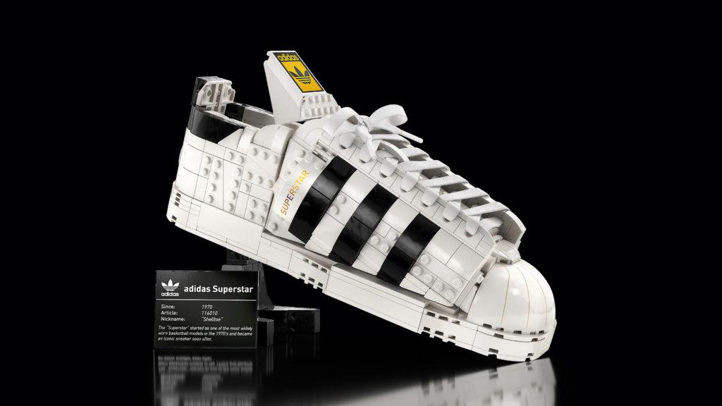 LEGO 10282 Adidas Originals Superstar 2